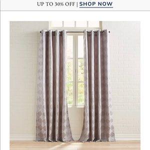 Curtains/drapes